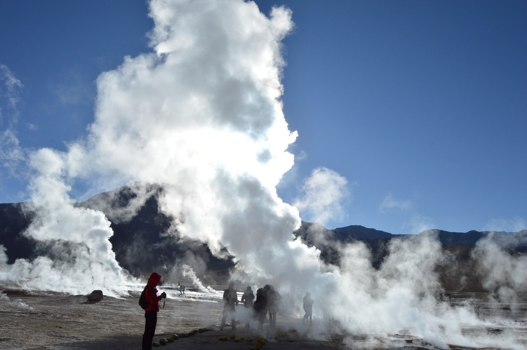 geyser-2790470_1920